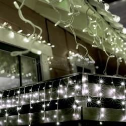 Led-es jégcsap fényfüggöny